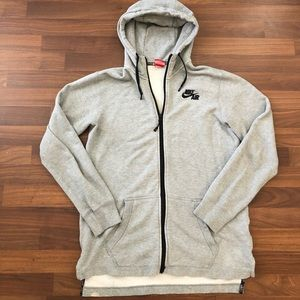 Men's Nike hoodie size medium